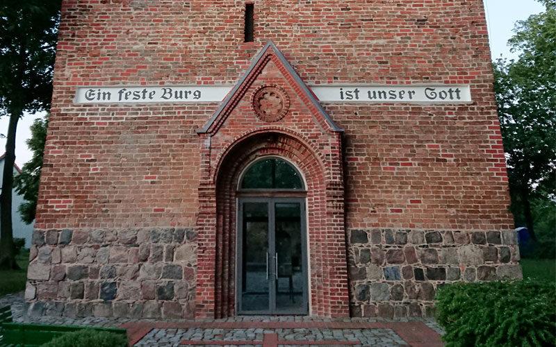 Kirchenruine-Podelzig